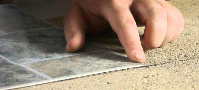 Как и чем клеить линолеум на бетонную основу (видео)