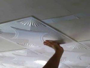 Монтаж панели на потолок